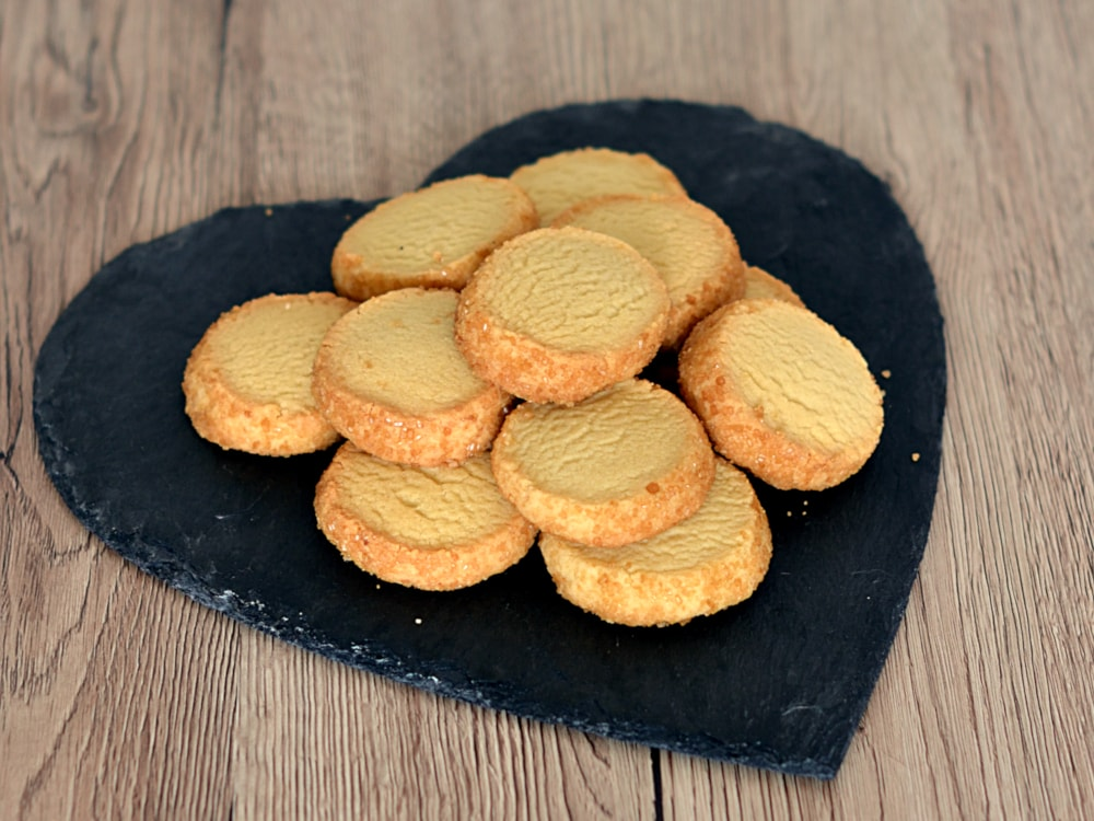 Highlander Shortbread recipe from Baking with Granny. Classic buttery Scottish shortbread rounds, with a delicious coating of demerara sugar.
